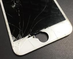 iPhone6sの液晶交換修理が急増中!?iPhone修理戦隊スマレンジャー八尾店