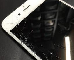iPhone6白色パネル液晶交換修理致しました!スマレンジャー八尾店