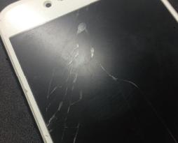 iphone6sの画面割れ修理を行いました!スマレンジャー平野店