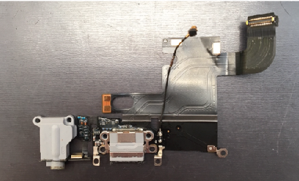 iPhone6ドックコネクタ交換11