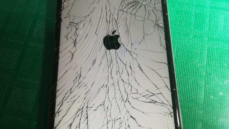 iPhone6の画面修理を行いました☆スマレンジャー梅田店