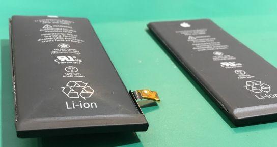 iPhone 8 Plusは膨張しやすい?大阪でバッテリー交換できるiPhone修理店