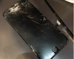 iPhone7の画面交換いたしました!スマレンジャー難波店!