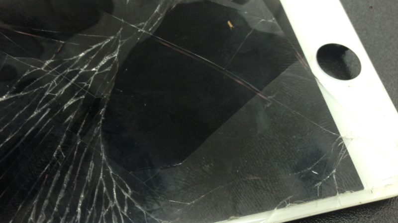 iphone6の画面割れ修理を行いました!スマレンジャー平野店