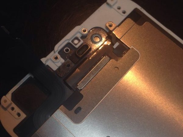 iphone6sのフロントカメラを交換致しました!スマレンジャー近鉄八尾店