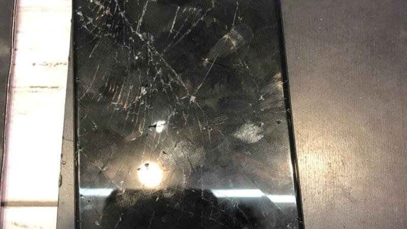 大阪難波千日前店にてiPhone6画面修理致しました!2017年10月29日ブログ。