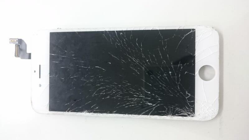 バリバリに割れたパネルの修理完了!アイフォンのトラブルに即日対応iPhone修理戦隊スマレンジャー錦糸町