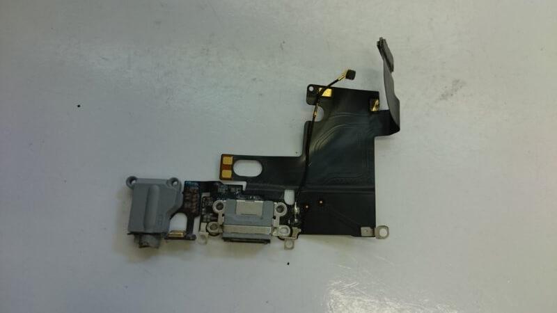 充電口の交換: iPhone(アイフォン)修理戦隊!スマレンジャー【格安で即日対応】