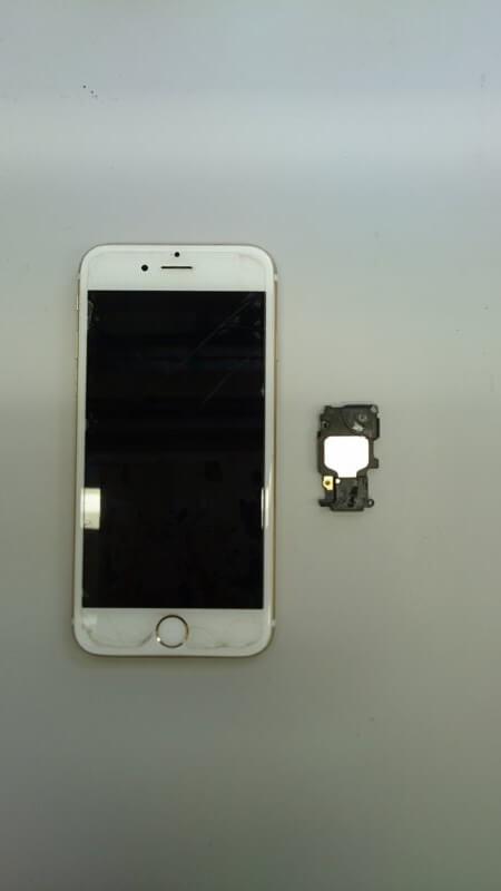 スピーカーの交換をしました: iPhone(アイフォン)修理戦隊!スマレンジャー【格安で即日対応】