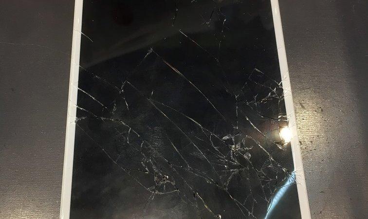 iPhone6splusの修理を行いました!: iPhone(アイフォン)修理戦隊!スマレンジャー【格安で即日対応】