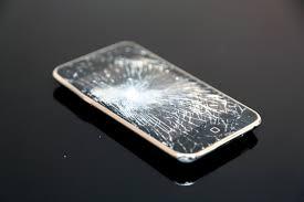 ケースの重要性: iPhone(アイフォン)修理戦隊!スマレンジャー【格安で即日対応】
