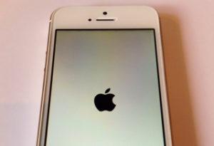iPhoneがフリーズしてしまうときにできること: iPhone(アイフォン)修理戦隊!スマレンジャー【格安で即日対応】