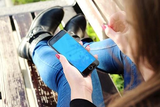 iPhone修理と買取の前に個人情報の処理が必要