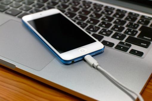 iPhoneの画面が映らなくなったとき: iPhone(アイフォン)修理戦隊!スマレンジャー【格安で即日対応】