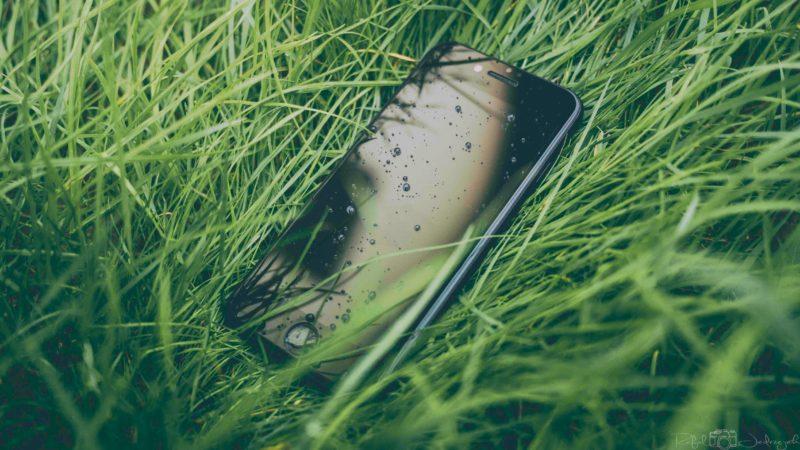 iPhoneが水没したら修理前にすぐ対処するべきこと・してはいけないこと