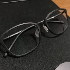 眼鏡ガラスコーティング