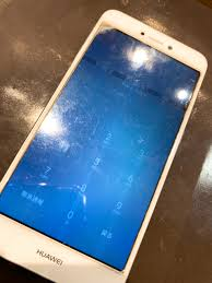 Huawei Novaliteの画面交換なら東大阪にあるスマレンジャー長瀬駅前店へ